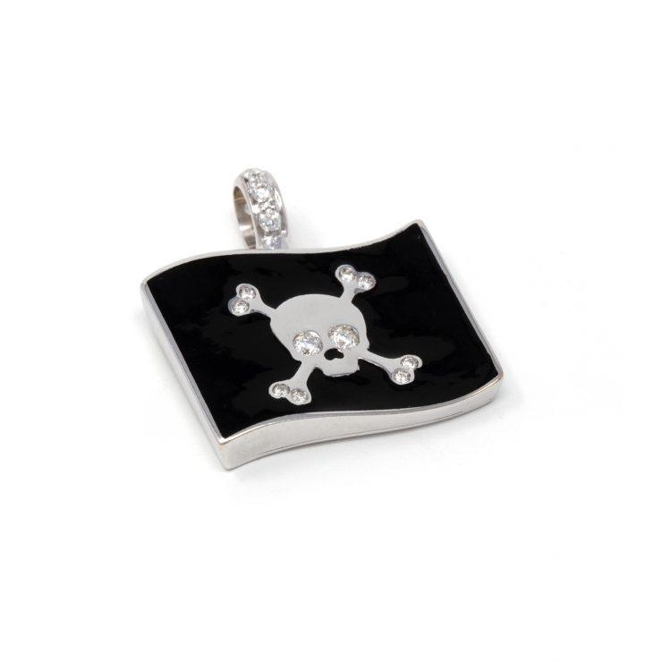 ciondolo emoji bandiera pirata oro diamanti smalto risivi lab